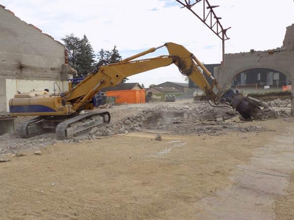 Demolizioni-speciali-grandi-edifici-rimini